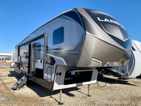 2019 Laredo 285SBH Bunkroom/2 Slides/Outside Kitchen