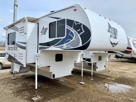2019 Arctic Fox 811 Short Box/Gen/Air