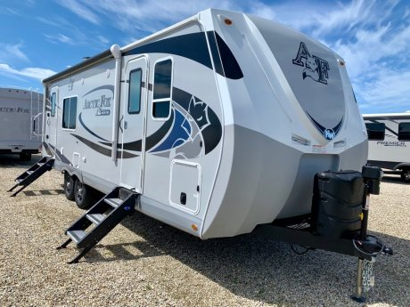 2020 Arctic Fox 25W Slide Out/Fully Winterized!