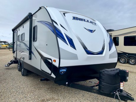 2019 Bullet 221RBSWE Great Couples Floorplan!