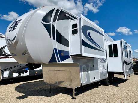 2020 Arctic Fox 29-5T 6 Point Auto Level - King Bed!