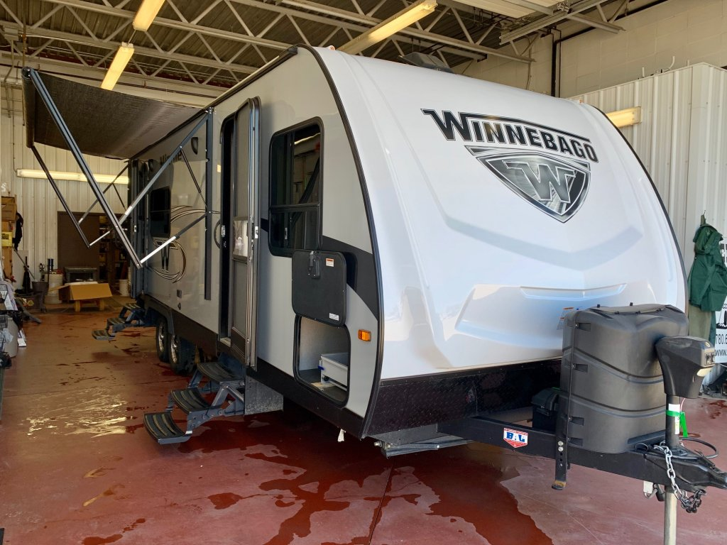 2018 Winnebago Minnie 2401-RG (UT0132A) Main Image